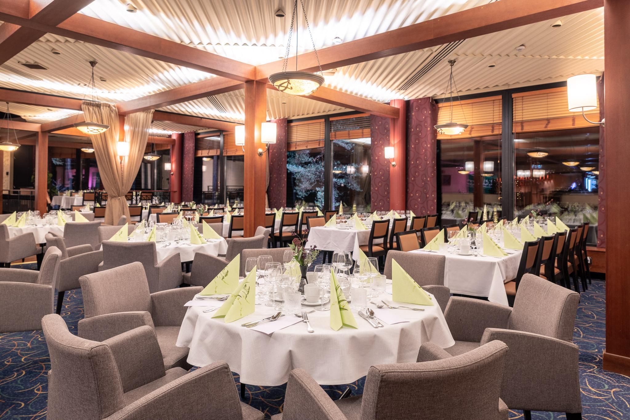 Hotelli Korpilampi Espoo ravintola illallinen
